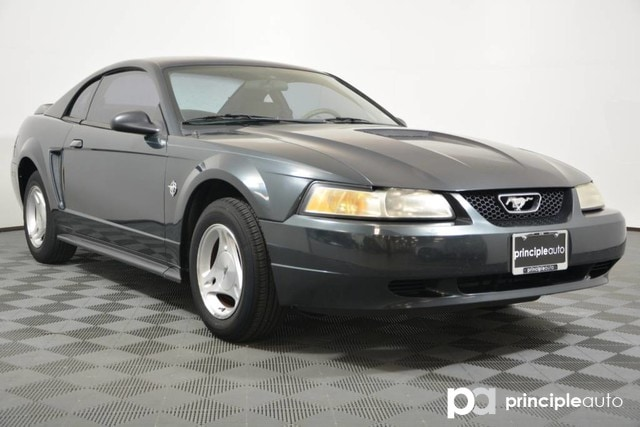Pre-Owned 1999 Ford Mustang Base