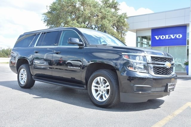Pre Owned Suburban >> Pre Owned 2018 Chevrolet Suburban Lt Rwd Suv