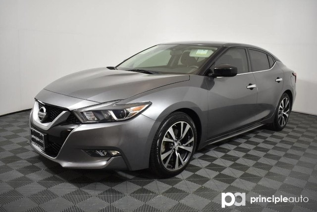 Pre-Owned 2016 Nissan Maxima 3.5 S w/ Navigation