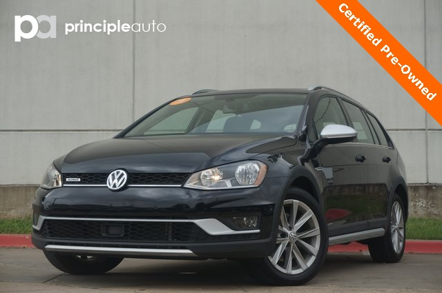 Certified Pre-Owned 2017 Volkswagen Golf Alltrack
