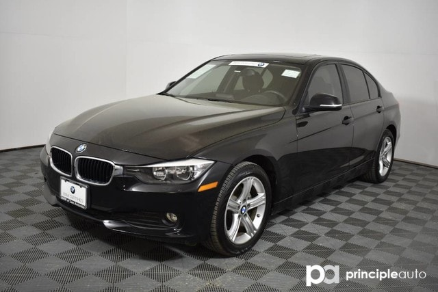 Certified Pre-Owned 2015 BMW 320i 320i xDrive w/ Premium/Moonroof