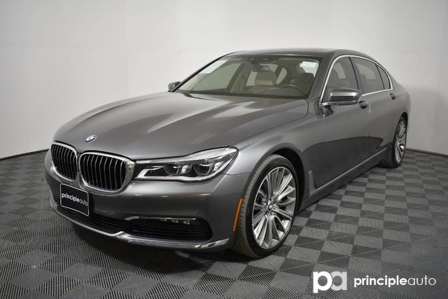Pre-Owned 2016 BMW 750i 750i w/ Executive Package 2/Driving Assist Plus II