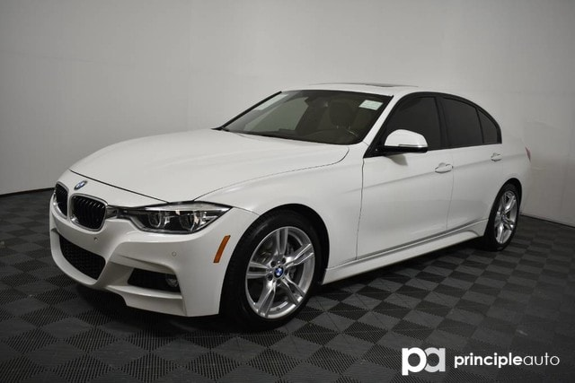 Pre-Owned 2016 BMW 340i 340i w/ M Sport/Driving Assist/Moonroof