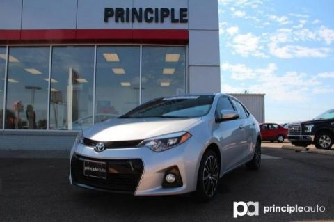 Pre-Owned 2015 Toyota