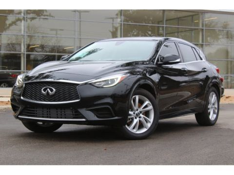 New 2018 INFINITI QX30 Base