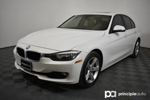 Certified Pre-Owned 2015 BMW 320i 320i w/ Moonroof/Navigation