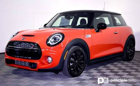 New 2019 MINI Hardtop 2 Door Cooper S Iconic